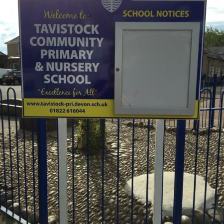 School and Play Park signage